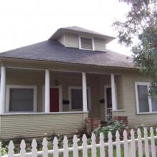 940 Morgan Street. Built between 1904-1907. Style: Colonial Revival.