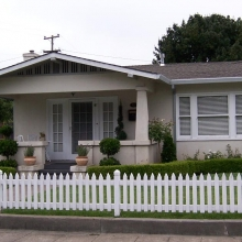 922 Washington Street. Built between 1925-1931. Style: Bungalow.