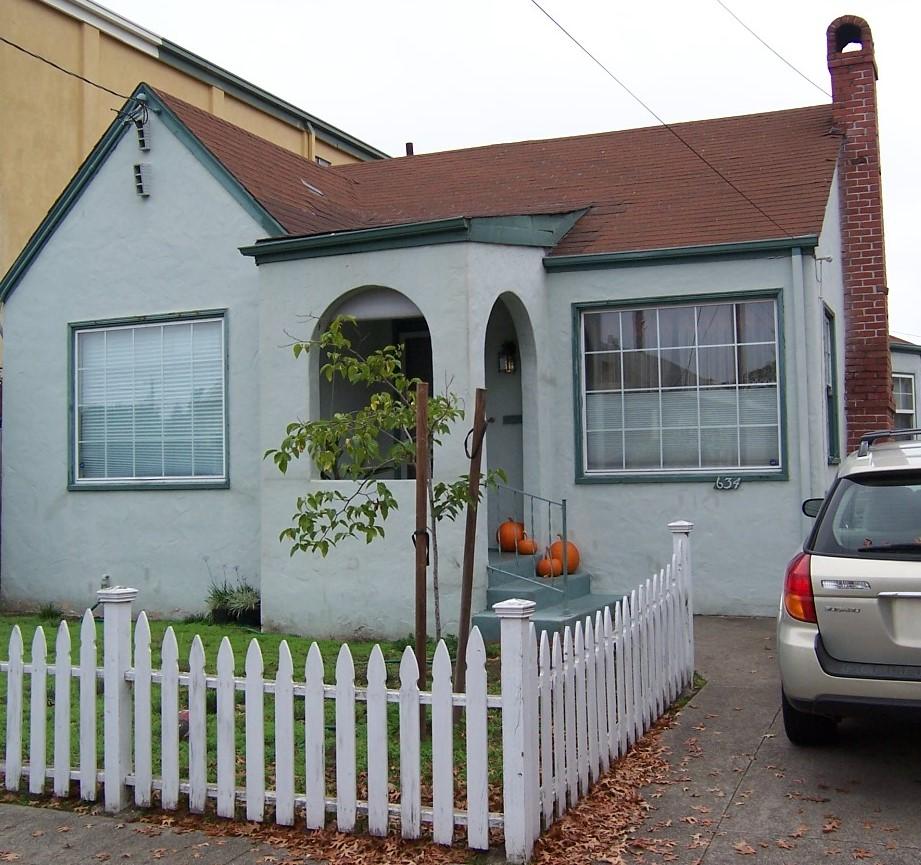 B Street - 634