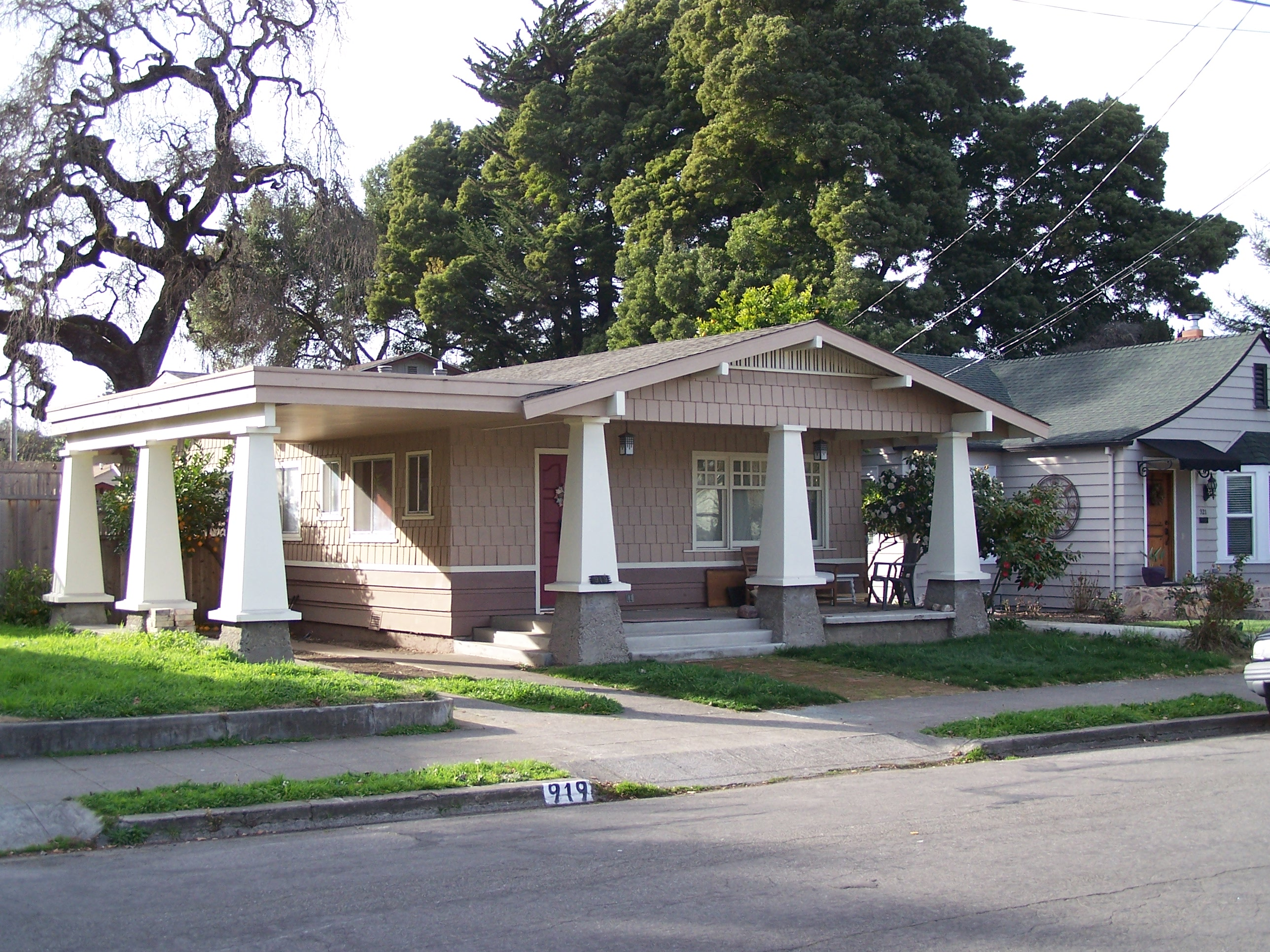 Washington Street - 919